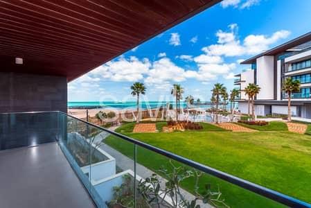 4 Bedroom Villa for Sale in Pearl Jumeirah, Dubai - Nikki Beach Branded Living
