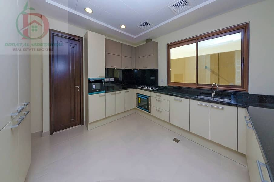 2 Luxurious 4 Bed Ready Townhouse in Meydan