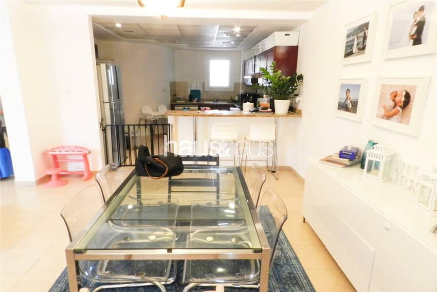 2 Ideally located | Type 1M | Backing pool
