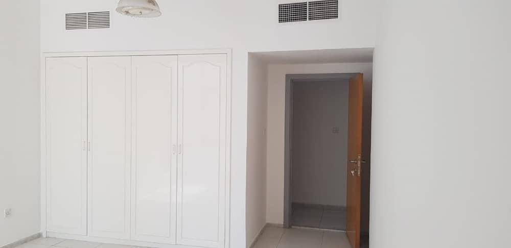 شقة في المجاز 1 المجاز 2 غرف 37000 درهم - 3916334