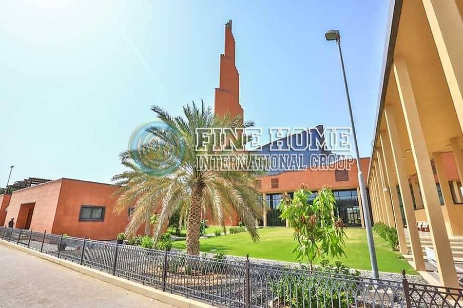 13 Nice 5 BR.Villa in Mohamed Bin Zayed City