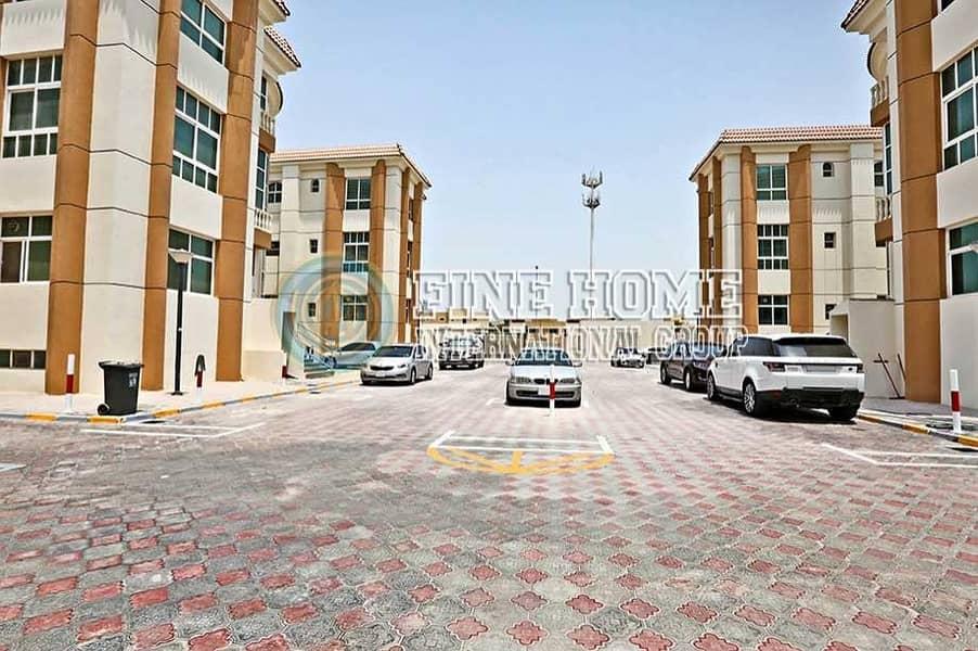 Fantastic 6 Villas Compound Khalifa City
