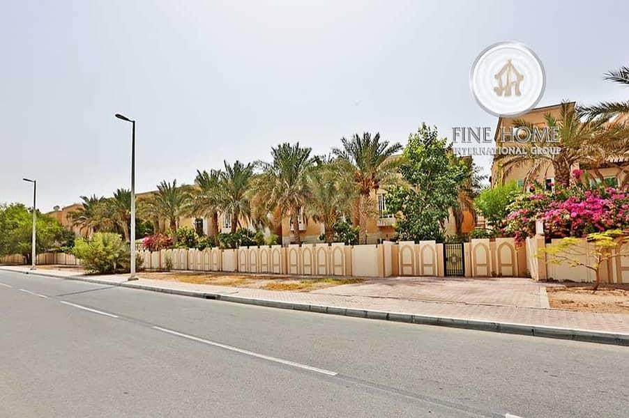 Amazing Deal Villa in Al Mushrif Gardens