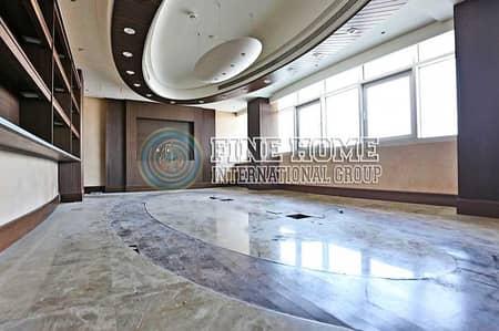 مکتب  للايجار في منطقة النادي السياحي، أبوظبي - Big Size Office