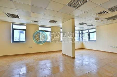 Perfect Size 95 Sq.Mt Office in Tourist Club Area