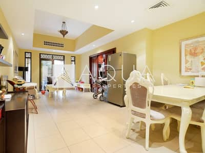 2 Bedroom Apartment for Sale in Old Town, Dubai - Spacious w Private Garden Owner Occupied