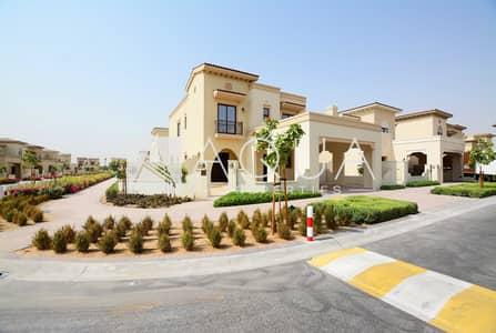 Brand New Corner Plot Villa on Near Park