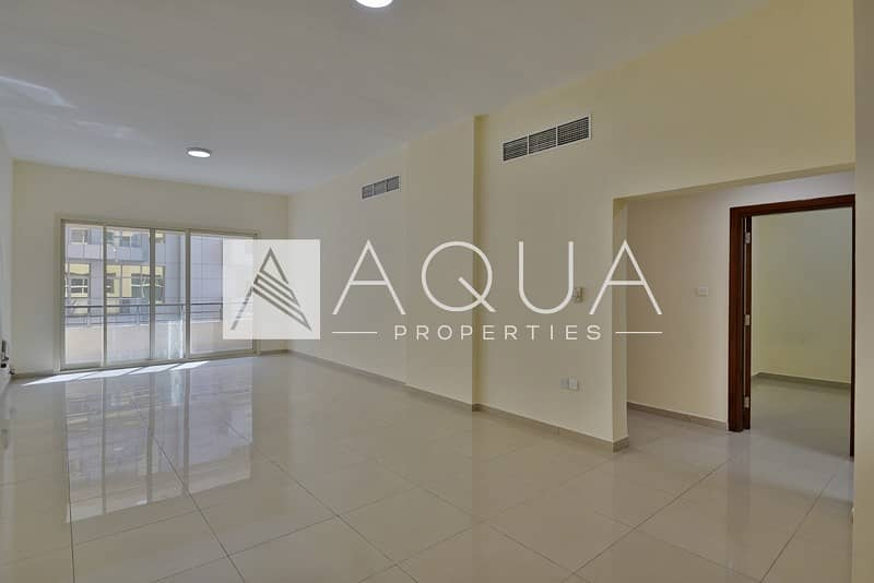 Large 2 bedroom with maids room near MOE