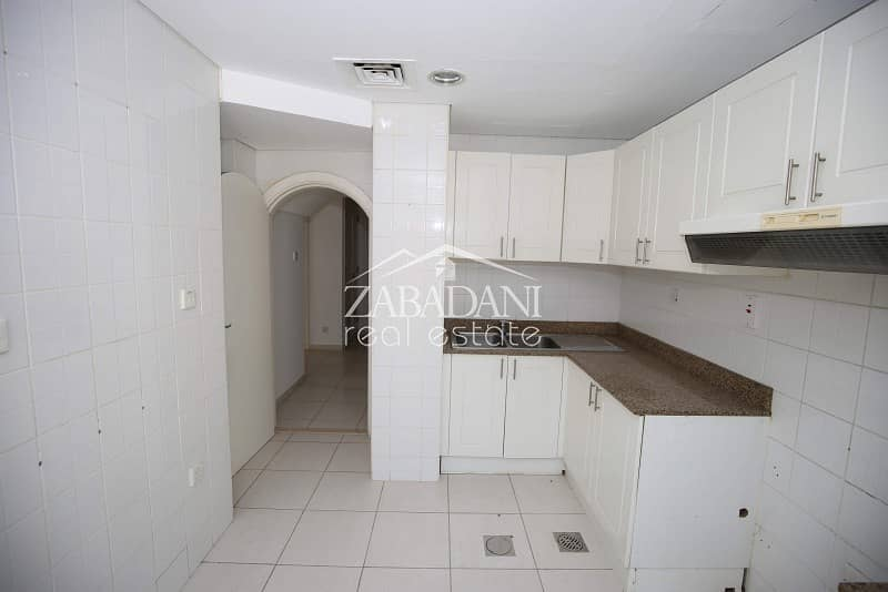 2 Vacant Now|2 Bed Type 4M |Springs 12|With Garden