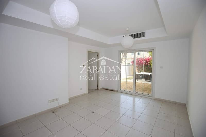 17 Vacant Now|2 Bed Type 4M |Springs 12|With Garden
