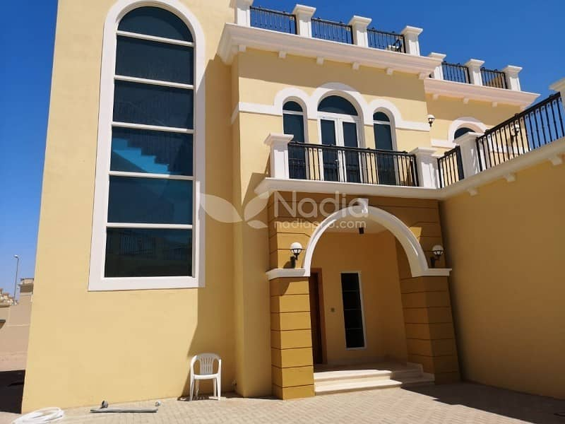 4 bedroom + Maid | Legacy | Jumeirah Park | For Rent