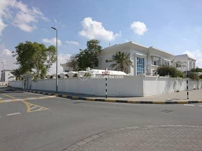 5 Bedroom Villa for Rent in Al Falaj, Sharjah - 5 Bedroom Double Story Villa in Al Falaj