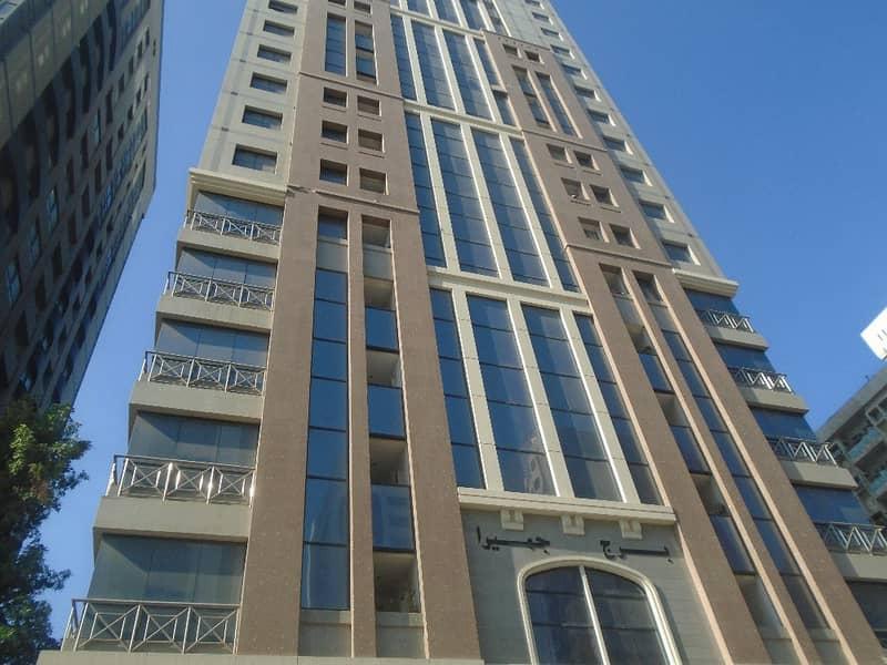 شقة في برج الناهل شارع النجدة 1 غرف 50000 درهم - 3797398