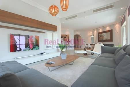 3 Bedroom Flat for Sale in Palm Jumeirah, Dubai - Exclusive Property|Furnished and Fully Upgraded