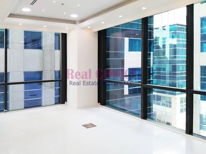 Spacious Office with Partition|Ready to Move in | Bayut com