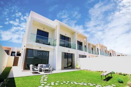 3 Bedroom Townhouse for Sale in Yas Island, Abu Dhabi - Book Now!5% DownPayment!10/90 PaymentPlan!