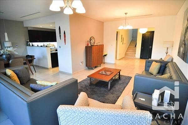 2 EXCLUSIVE / Upgraded to 3Br / Backing Park
