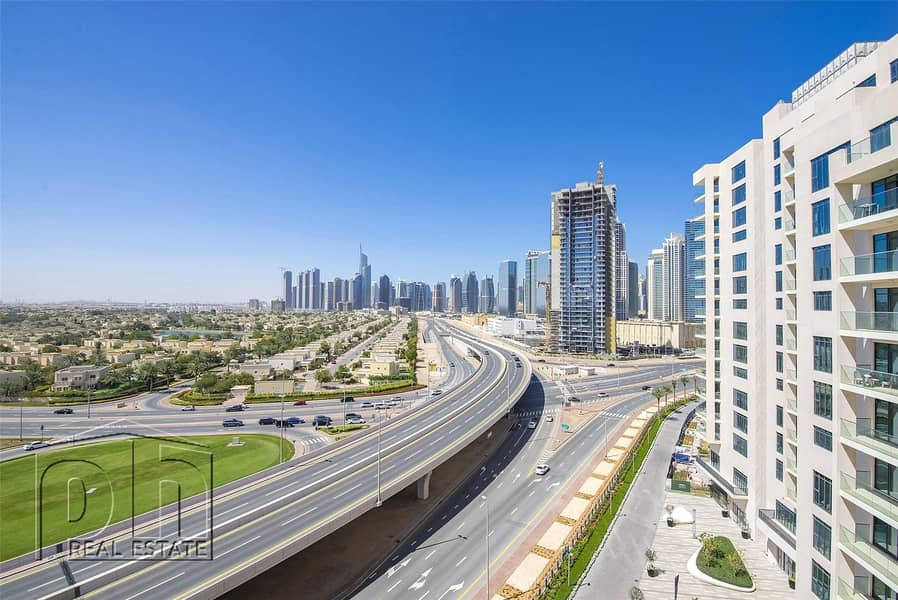 10 Brand New 1 Bed Apt with Emirates Hills Views