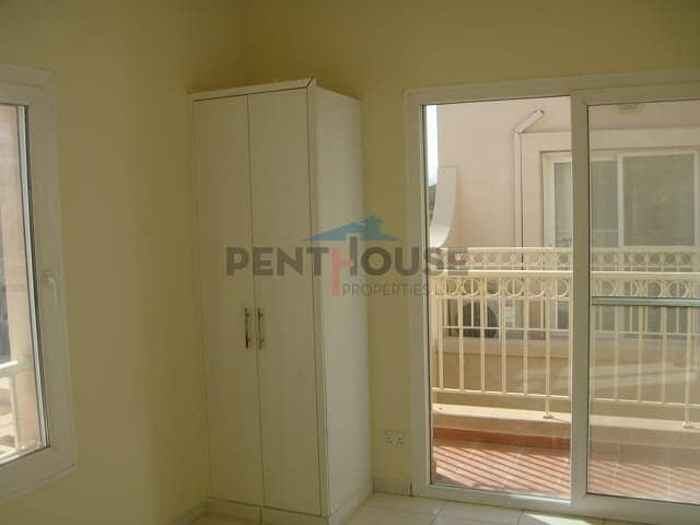 2 Bright and beautiful Villa 2 bed + study room springs 11