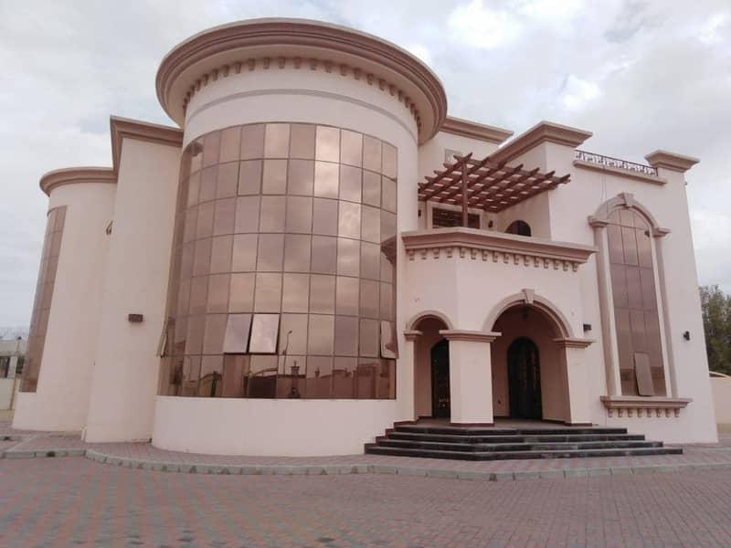 Elegant and Stunning 6BHK Duplex Villa for rent located at Hili Naifa Al Ain