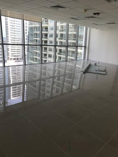 Office for Rent in Jumeirah Lake Towers (JLT), Dubai - Big Size Fully Fitted with Full Lake View [KH]