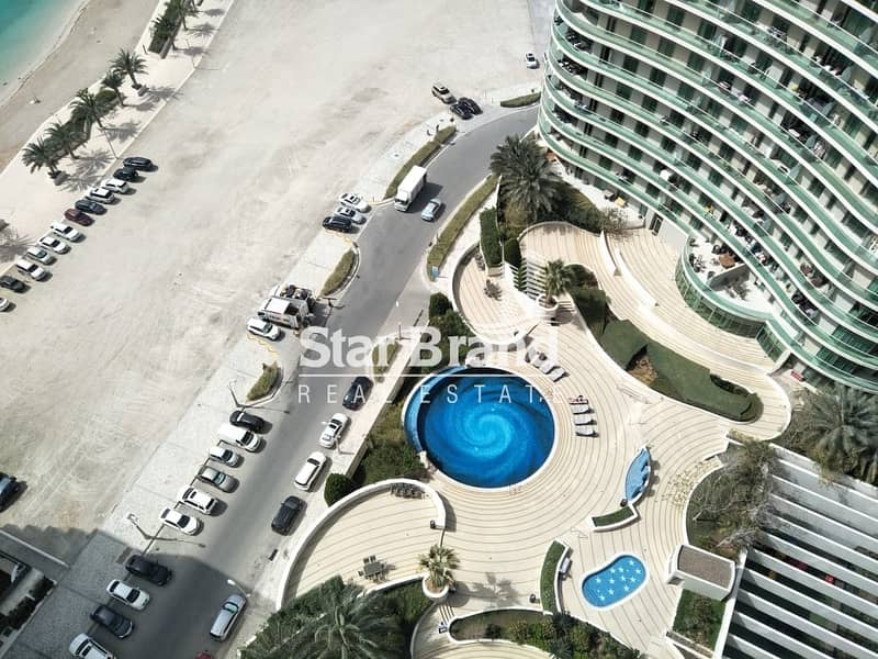 2 BEDROOM PLUS AMID ROOM IN BEACH TOWER FOR RENT