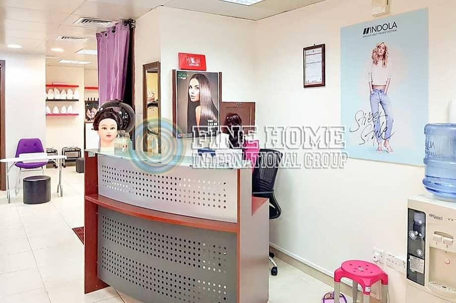 2 Amazing Salon for waiver in Al Falah street