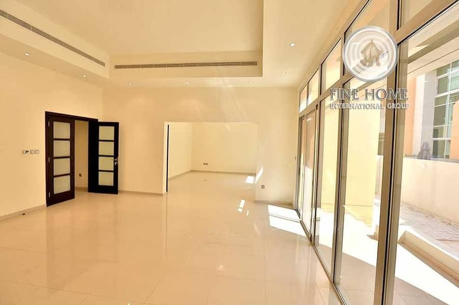 5BR Villa in Al Gurm Corniche