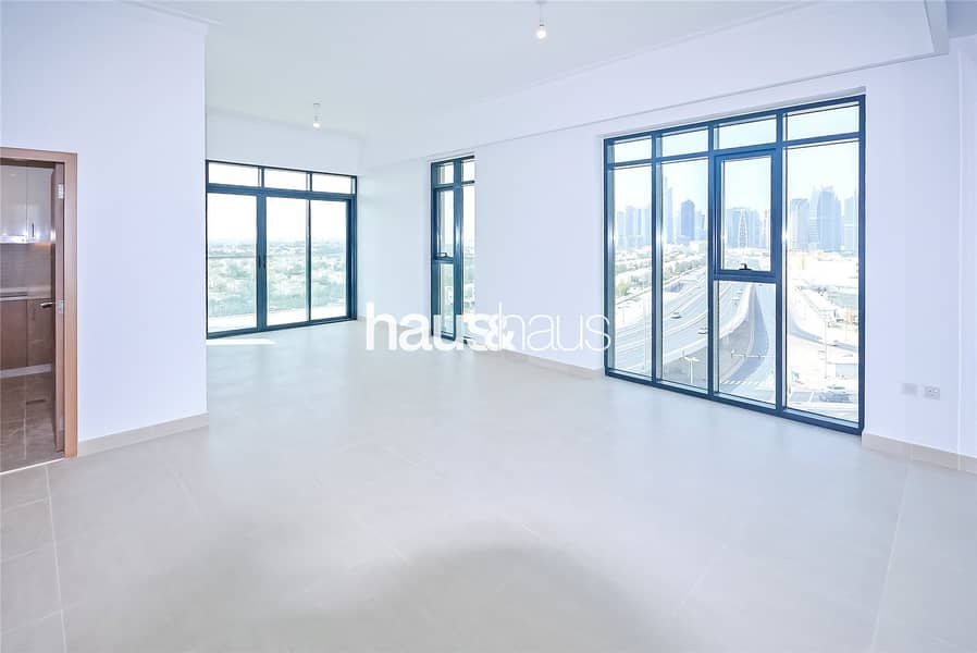2 Amazing 360 View | Corner Apartment | 2 Bed