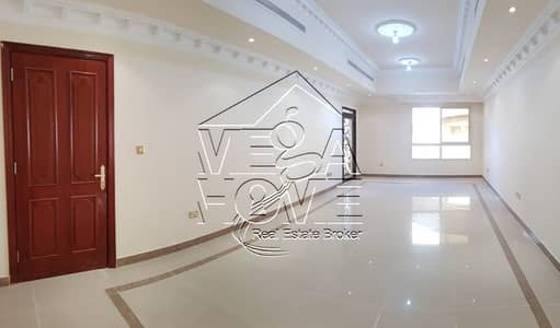 4 Bedroom Villa for Rent in Khalifa City A, Abu Dhabi - YOU MUST SEE !!! 4 BED VILLA IN COMPOUND
