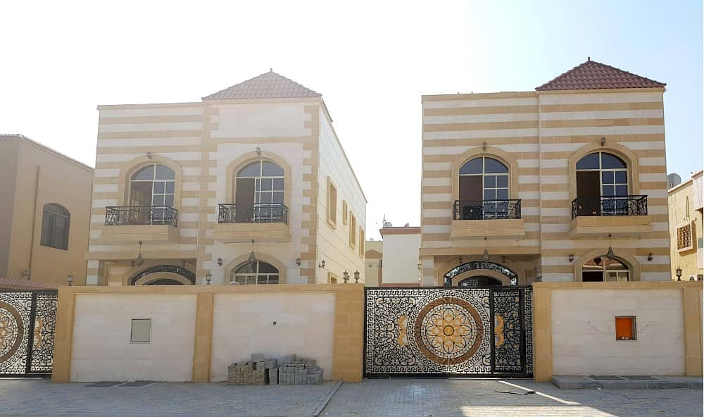 For sale villa two floors five bedrooms first resident at a price free ownership all nationalities. .