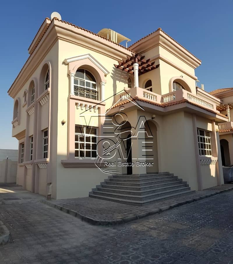 EXCELLENT DEAL 5-BR VILLA WITH I HIGH FINISHING
