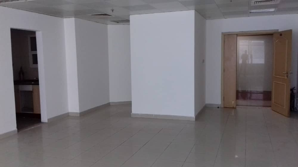 OFFICE IN HORIZON TOWERS  FOR RENT