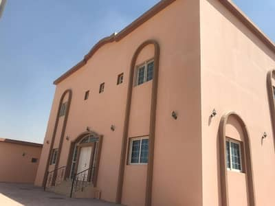 6 Bedroom Villa for Sale in Al Rahmaniya, Sharjah - Villa large area in Rahmanieh