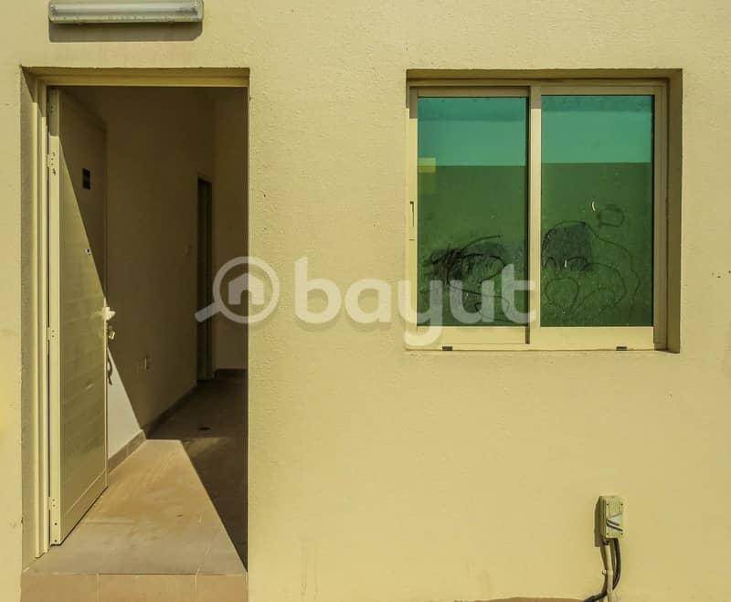 غرفة سكن عمال للاجار بأسعار منافسة في المنطقة الصناعية الحضارية الإماراتية ( أم الثعوب )