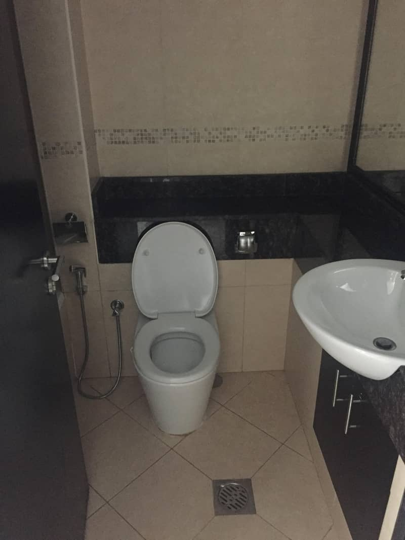 26 STUDIO MID FLOOR GOLDCREST VIEWS 2 AT JLT NEXT BONNINGTON HOTEL