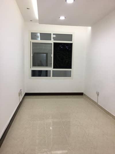 1 Bedroom Apartment for Rent in Al Dhafrah, Abu Dhabi - SPACIOUS 1 BEDROOM APARTMENT IN AIRPORT ROAD NEAR IMMIGRATION