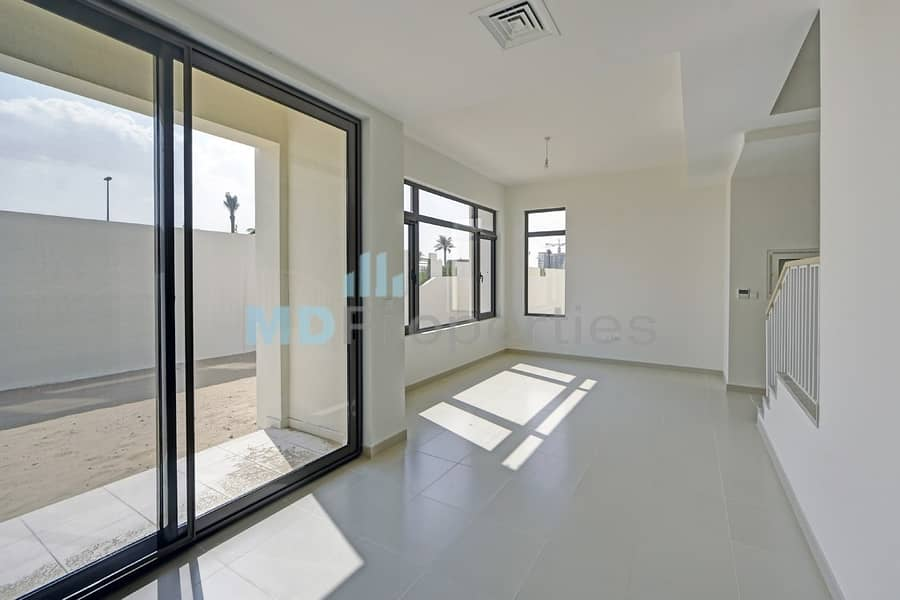 2 Ready Mira Oasis 1  Three Bedroom with Park Views