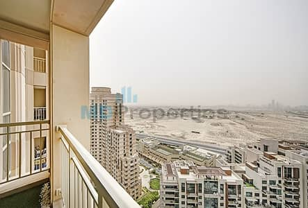 1 Bedroom Flat for Sale in The Views, Dubai - Gorgeous 1 bed with  Lake View In The views