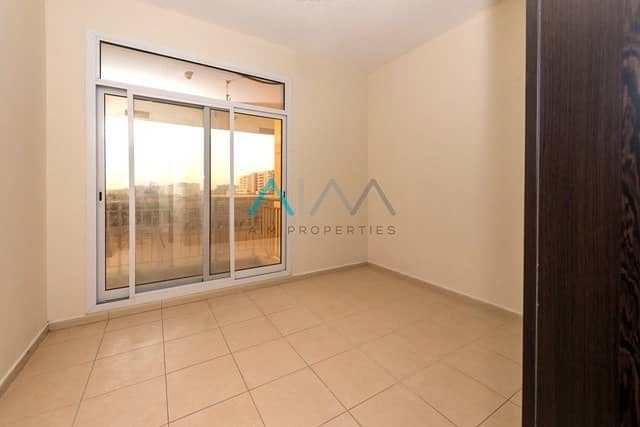 2 Nice layout 1Bhk next to the bus station