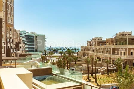4 Bedroom Townhouse for Sale in Palm Jumeirah, Dubai - Luxury 4BR G+2 Townhouse with Private Pool