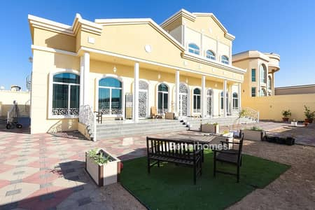 8 Bedroom Villa for Sale in Al Warqaa, Dubai - 8 Beds | 3 kitchens | good for 3 families | Warqa 3