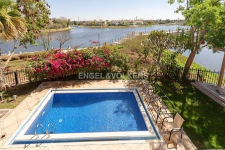فیلا 4 غرفة نوم للبيع في جزر جميرا، دبي - Full Main Lake view   Full Upgraded   Oasis