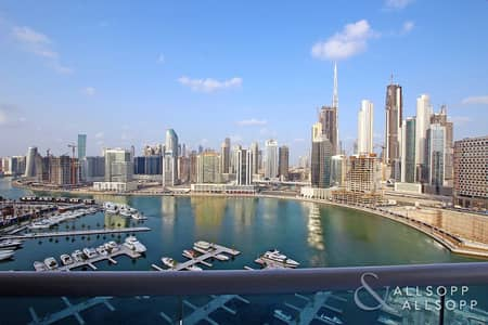 1 Bedroom Flat for Sale in Business Bay, Dubai - Large 1 Bedroom | Canal and Marina View