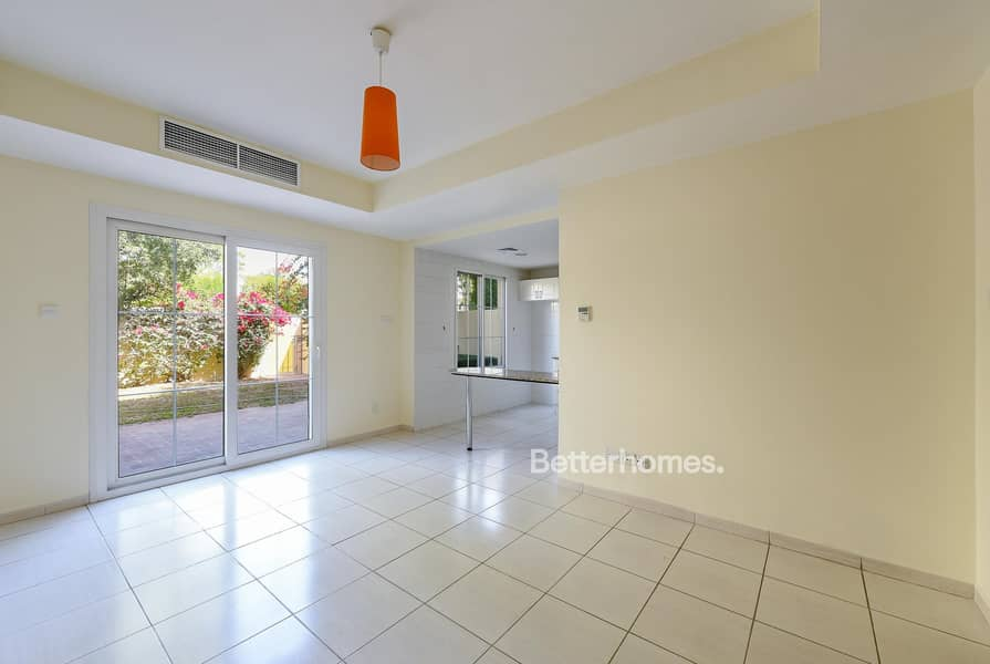 2 Pool and Park View 2 Bed Type 4M in Springs