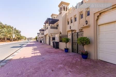 3 Bedroom Townhouse for Rent in Al Hamra Village, Ras Al Khaimah - Al Hamra Village - Stunning Three Bedroom Family Home