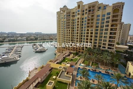 2 Bedroom Apartment for Sale in Palm Jumeirah, Dubai - Sea and Sunset View |  Type C  | Bldg 01