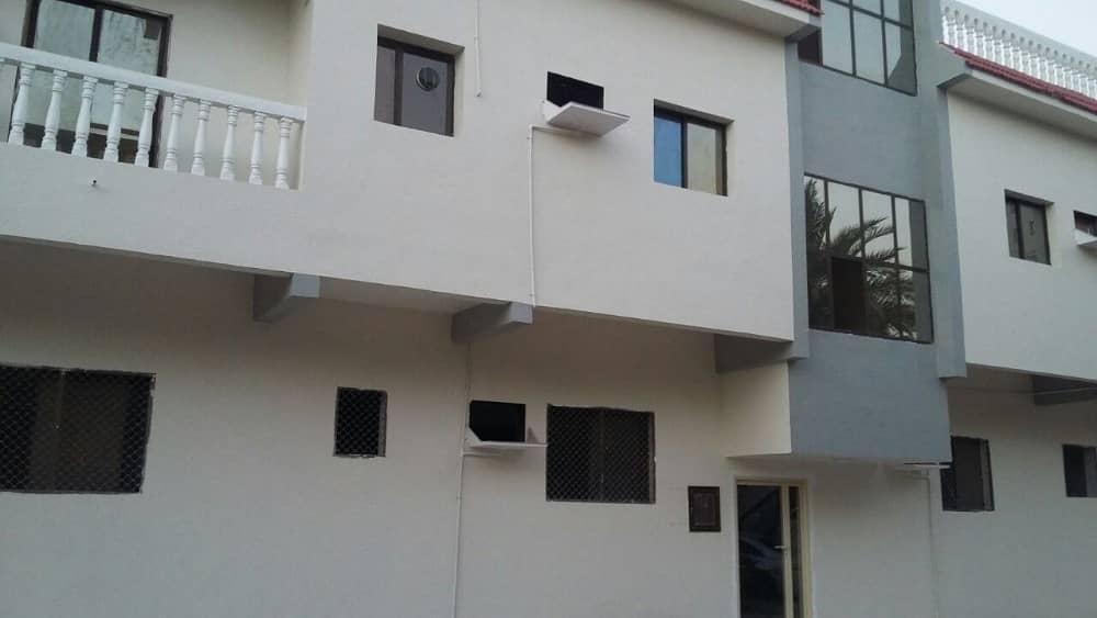 Spacious 2 B/R hall Window AC flats in Naimiya, Close to Sharjah - Ajman