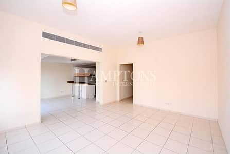 3 Bedroom Townhouse for Rent in The Lakes, Dubai - Well Maintained 3BR + M | Close to Park