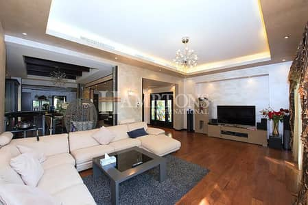 3 Bedroom Villa for Sale in The Lakes, Dubai - Beautifully Upgraded 3BR Villa in Deema